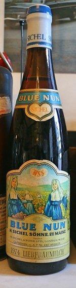 220px-A_Bottle_of_Blue_Nun.jpg